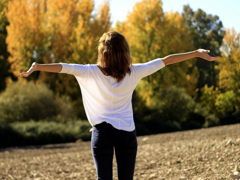 Confidence Boosting Beauty Tips For Women With Cancer - Ellis James Designs Blog