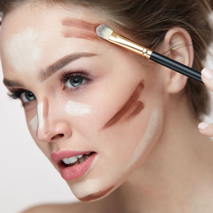 How to Apply Highlighter - Ellis James Designs