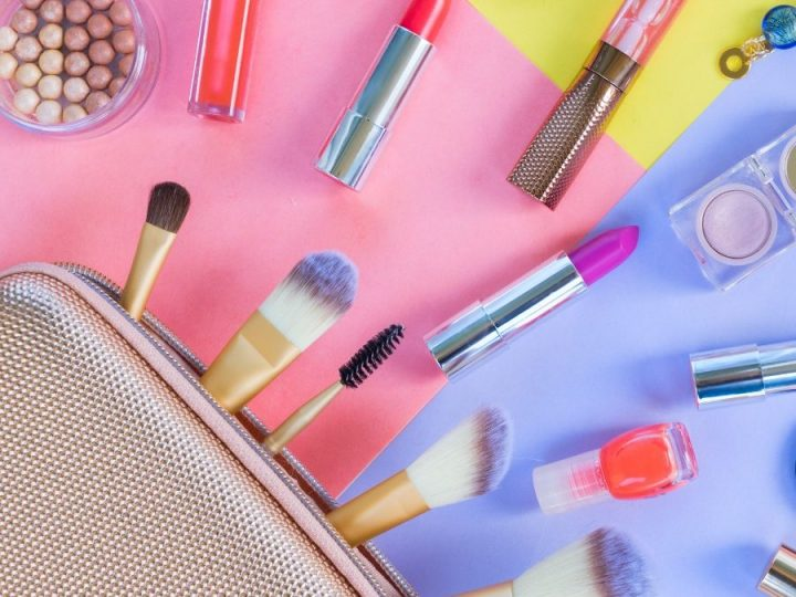 Packing Makeup for Air Travel