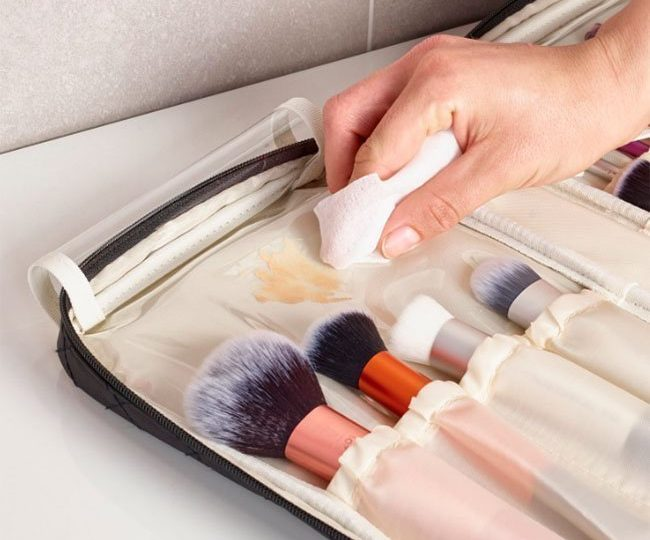 Do You Clean Your Makeup Brush Case?
