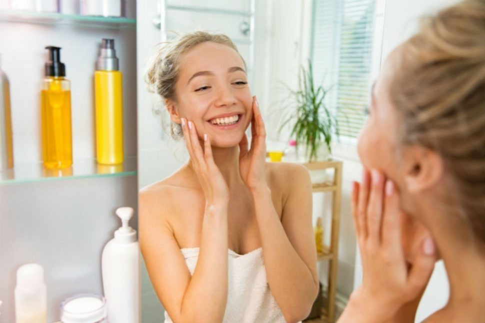 best-face-moisturizer-with-spf-for-bright-and-hydrated-skin