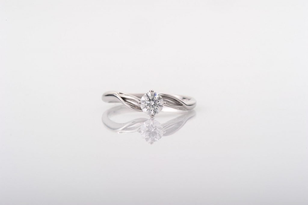 Can a Woman Buy Her Own Engagement Ring