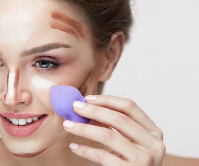 How to Use a Blending Sponge for Foundation