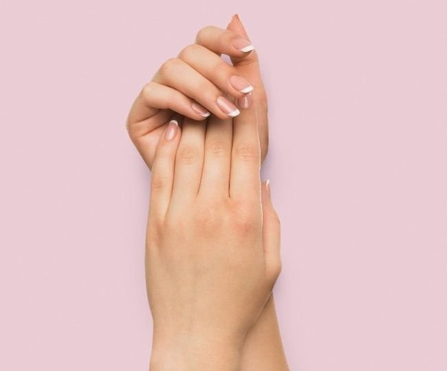 7 Best Hand Creams for Extremely Dry Hands