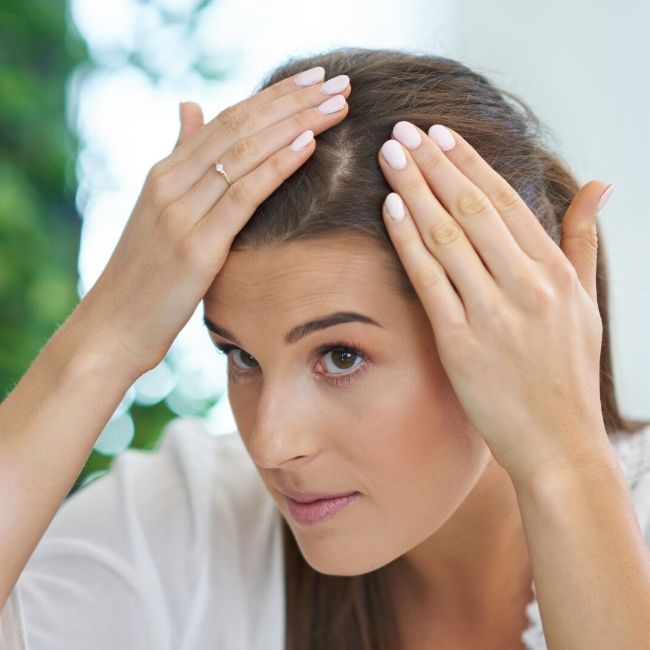 moisturize scalp without greasy feeling