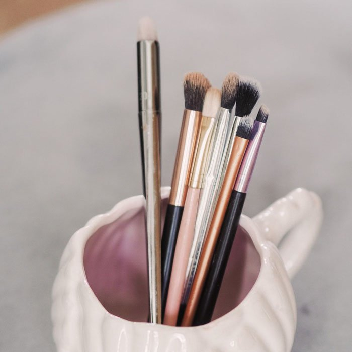 types of eyeshadow brushes