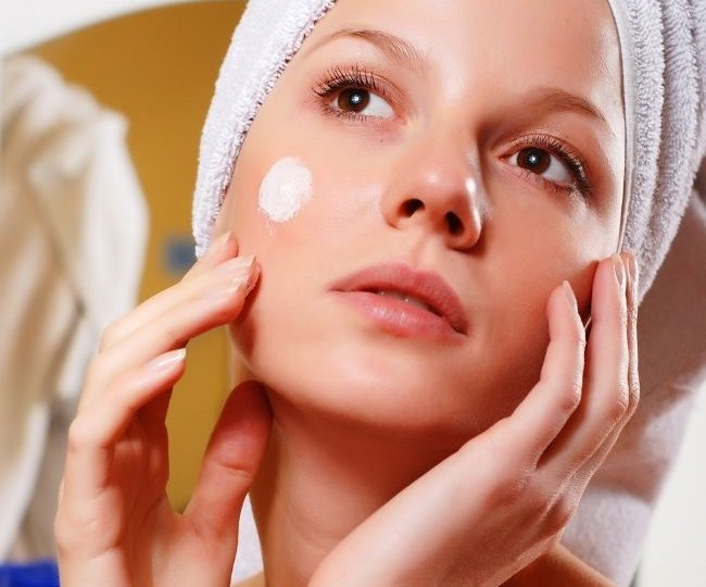 Does Cetaphil Lotion Cause Acne? Is Cetaphil Lotion Safe to Us for Acne Prone Skin?
