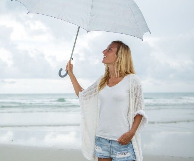 Can You Get Tan When It's Cloudy Outside? – Top Tanning Tips for When the Sun's Hiding
